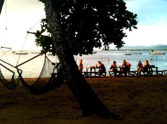 Robinson Crusoe Island Resort : Dinner on the beach