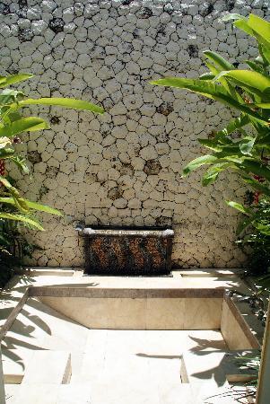 Villa Elanora : Detalle cuarto de baño, bañera