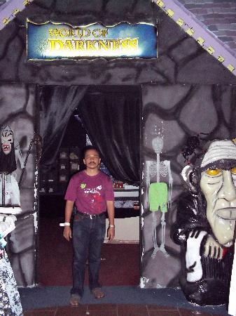 Melaka, Malaysia: Unique & scary shop
