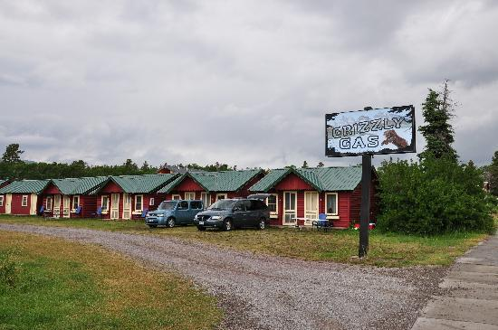 Sears Motel and Campground : Could be adorable if it were updated.
