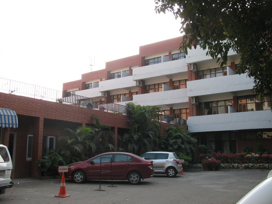Photo of Hotel Parkview Chandigarh