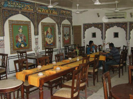 Hotel Mandawa Haveli: The restaurant