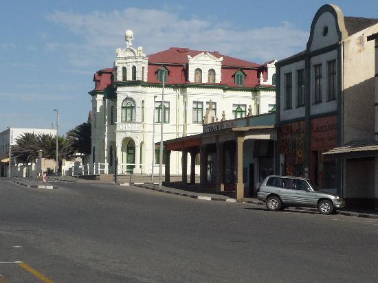 Swakopmund, Namibia: Nice buildings in town