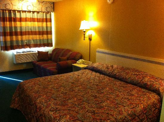 Americas Best Value Inn Enid: Newly Renovated Guest Room