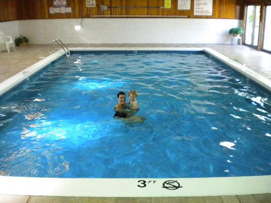 Days Hotel & Conference Center - Methuen MA: pool