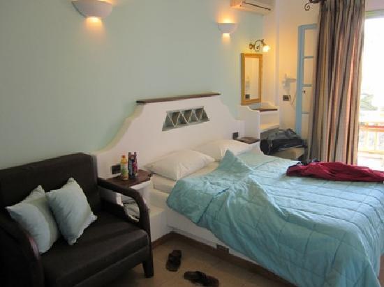 Porto Klaras Studios & Apartments: Our room in Porto klaras