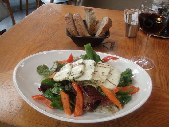 Tamirane: Excellent cheese salad!