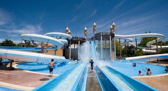 Hastings, New Zealand: The main slides at Splash Planet