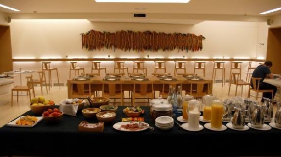 Hotel Denit Barcelona: breakfast room