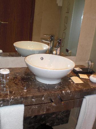 Lagoas Park Hotel : Baño