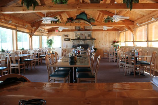 Cyndi's Dockside Restaurant: Pavillion