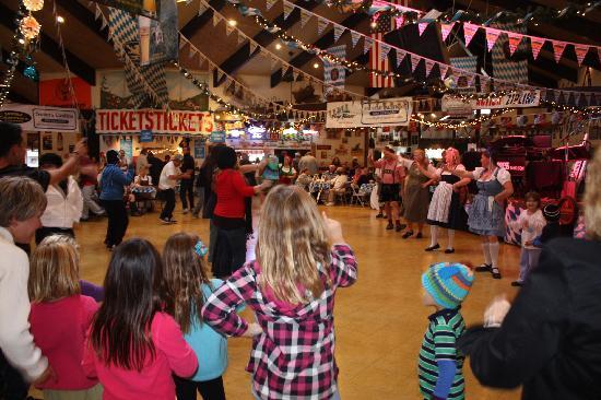 Lagonita Lodge: Oktoberfest in Big Bear