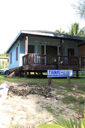 Tianas Beach Villas: View from beach