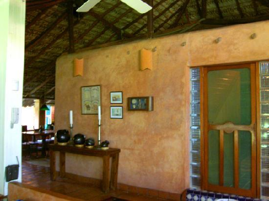 Villa Casa Luna: the door to the master suite with the dining room to the left