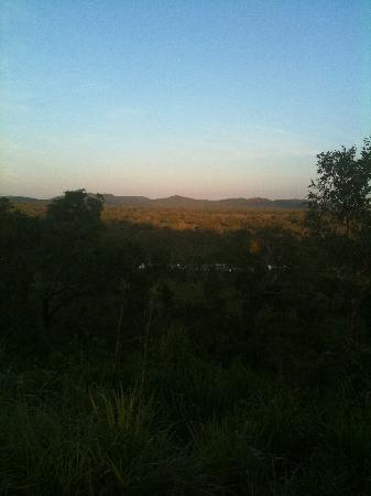 Northern Territory, Australië: Sunrise at the lookout and where the phone gets reception.