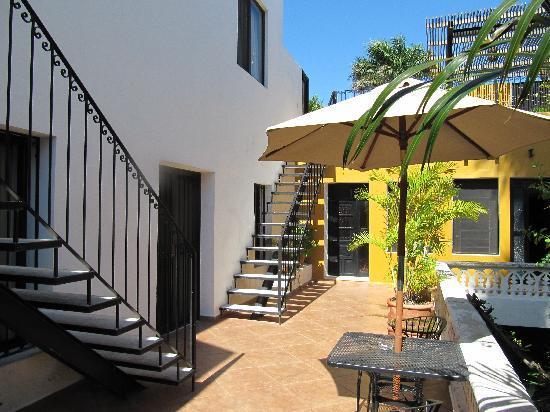 Luz En Yucatan: Court Yard on 2nd Level