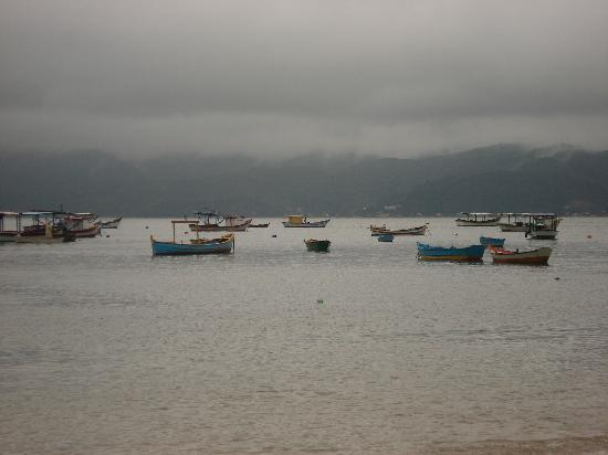Bombinhas: Canto Grande on a rainning day