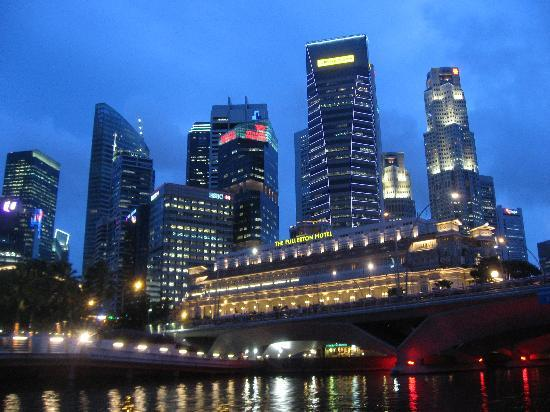 Singapore River, Singapur: Fullerton Hotel