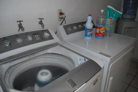 Kiki's Bed & Breakfast : Access to a washer and dryer