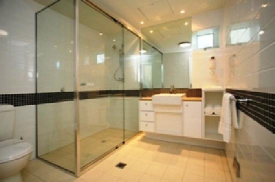 Akama Resort: Typical Ensuite