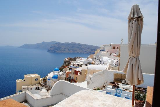 Old Oia Houses: View from the patio