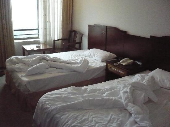 Halong Pearl Hotel: room