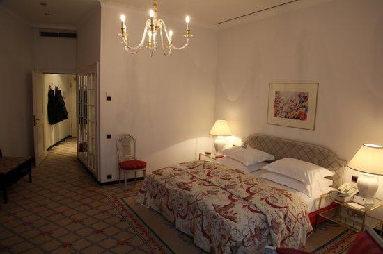 Excelsior Hotel Ernst: Superior Zimmer