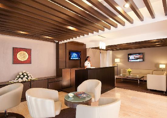 Aagami Hotel: Reception Lobby