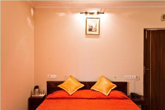 Outstanding Maya Niwas Jaipur Rajasthan Hotel Reviews Photos Rate Download Free Architecture Designs Itiscsunscenecom