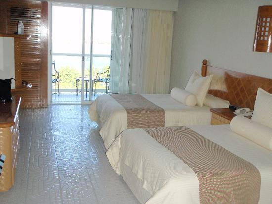 Lagoon Side Studio Room Picture Of Sunset Royal Beach