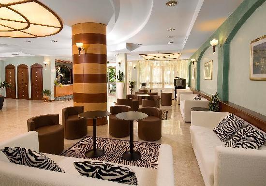 Hotel Savoia: hall