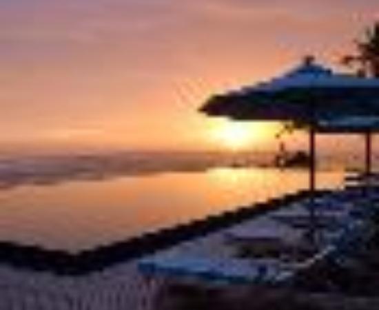 Anantara Veli Maldives Resort: Anantara Veli Resort & Spa Thumbnail