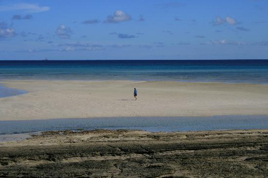 Quirimbas Archipelago, Mozambique: tide out, time out