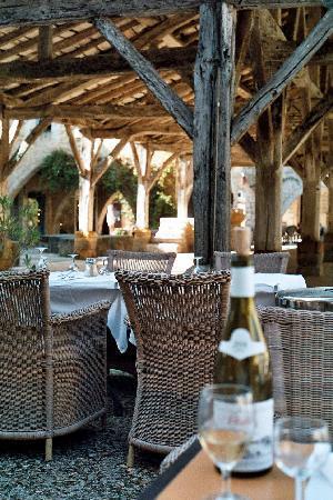 Galerie.M. Monpazier Cafe Restaurant : Terrace