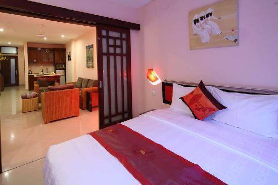 Rising Dragon Estate Hotel: Queen Suite