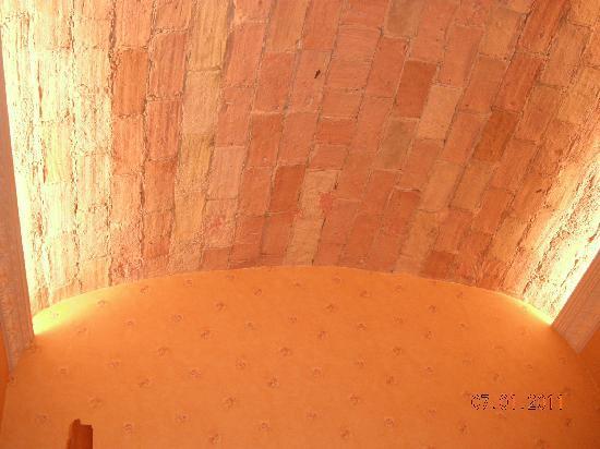 aRoma B&B : lovely ceiling!