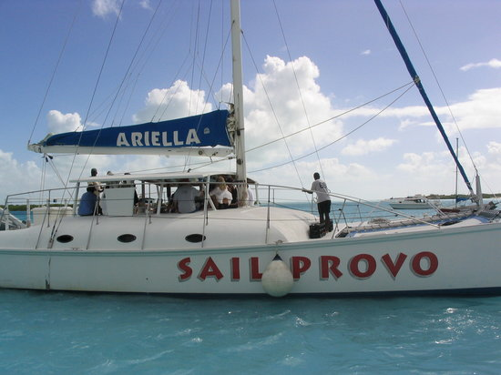 Providenciales: The Ultimate in Sailing Experience