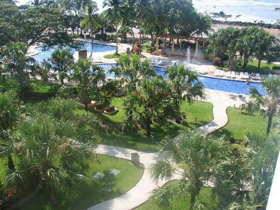 Royal Decameron Salinitas: beautiful grounds