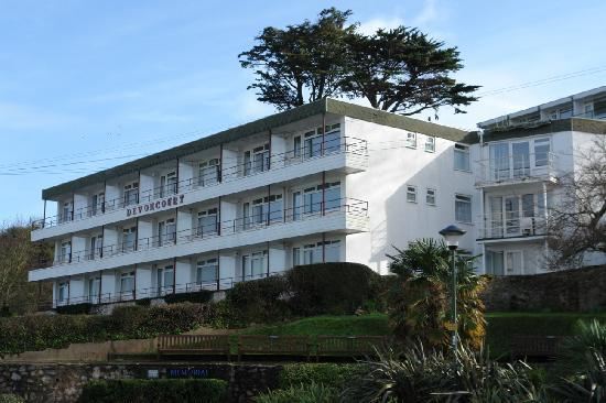 Devoncourt Holiday Apartments