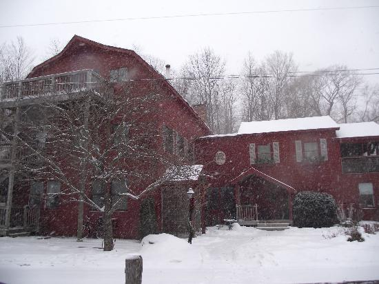Shaker Mill Inn