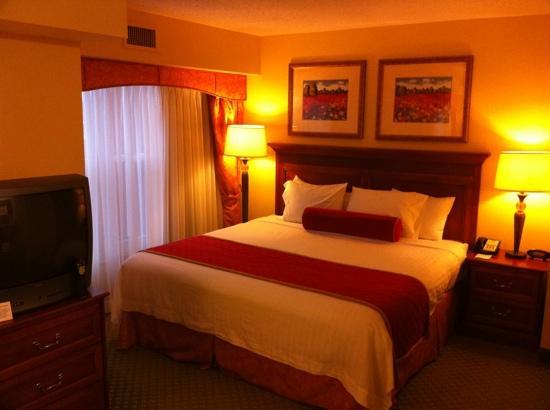 Residence Inn Charleston Airport: room 443