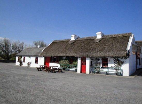 The Beach Bar Sligo: beach bar