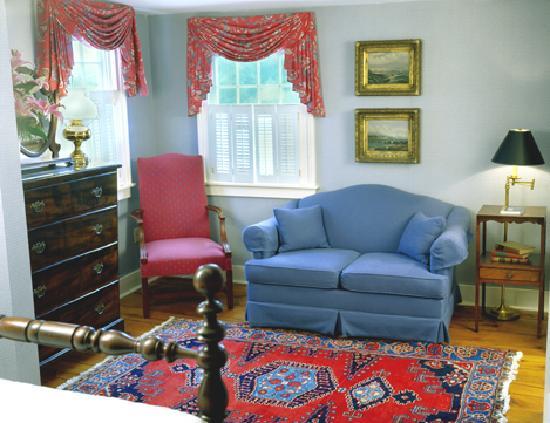 Griswold Inn: Junior Suite - Room 8