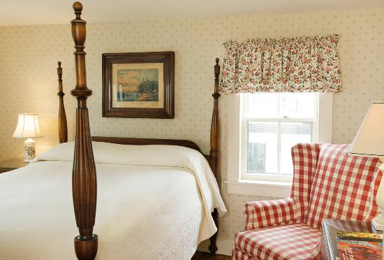 Essex, CT: Standard Room - Room 10