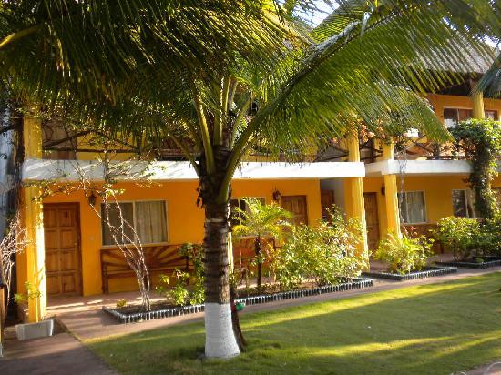 Cafe Del Sol Hotel: Rooms