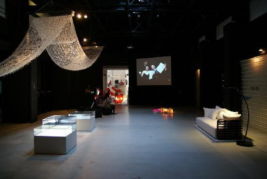 ausstellungsraum picture of red dot design museum singapore tripadvisor. Black Bedroom Furniture Sets. Home Design Ideas