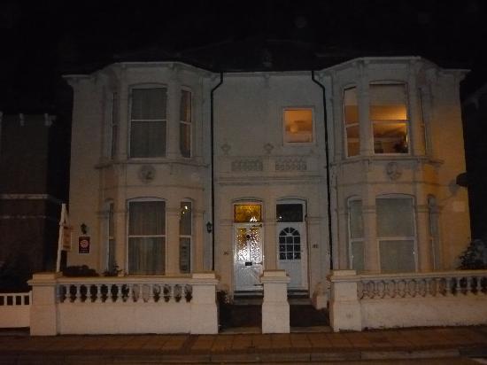Hamilton House Bed and Breakfast: Hamilton House vue de la rue