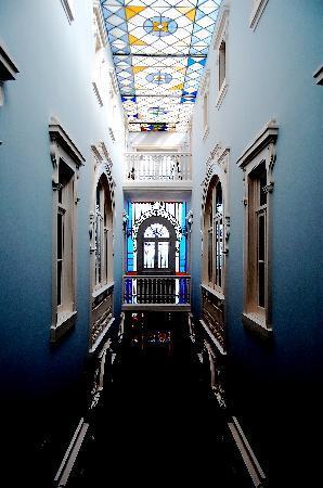 Palacete Chafariz D'El Rei: the hallway