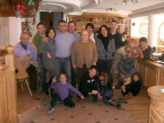 Family Hotel La Grotta: il nostro gruppo di amici