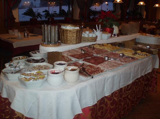 Hotel Reichegger: il buffett della colazione